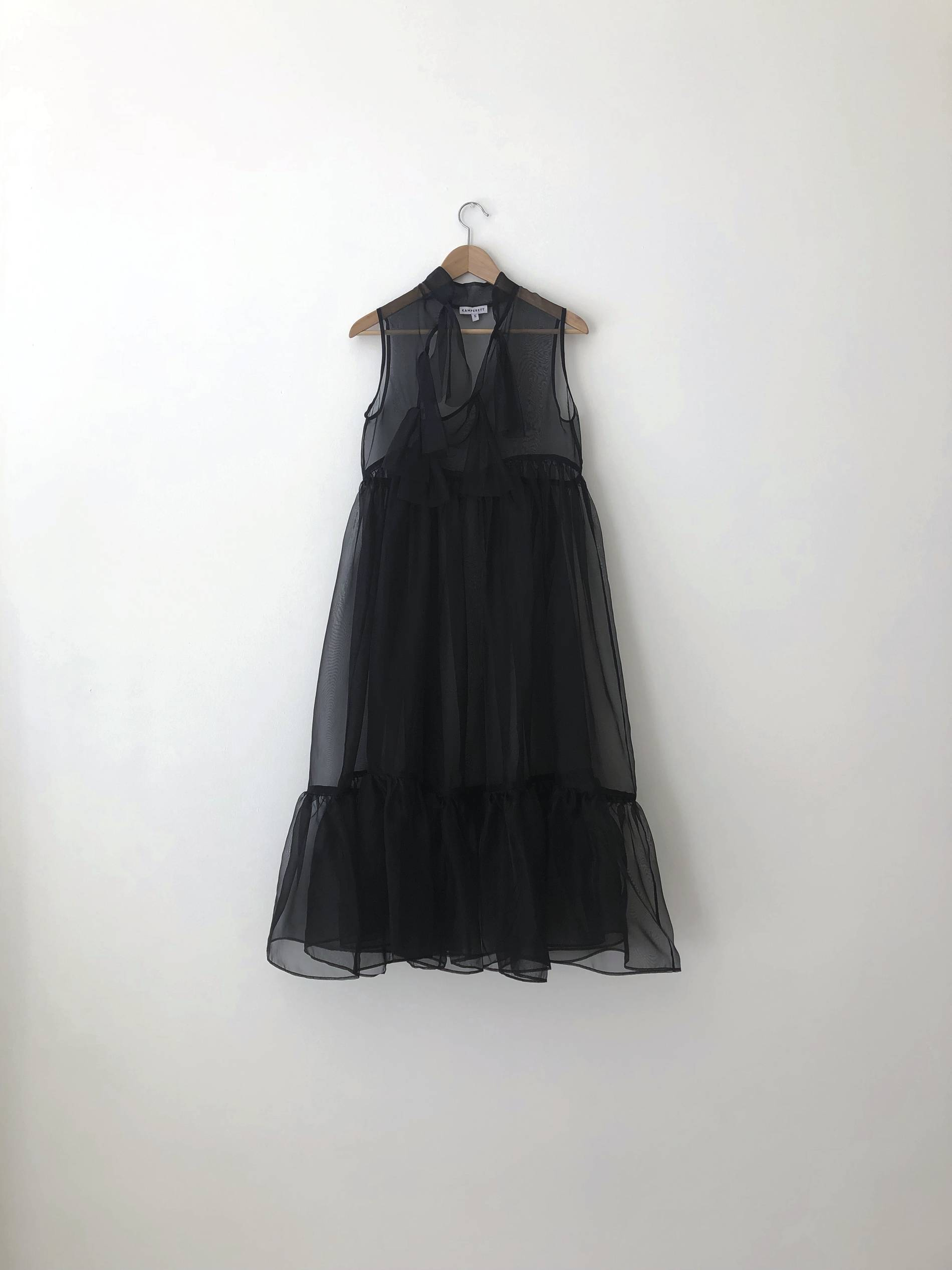 Kamperett Mae dress image